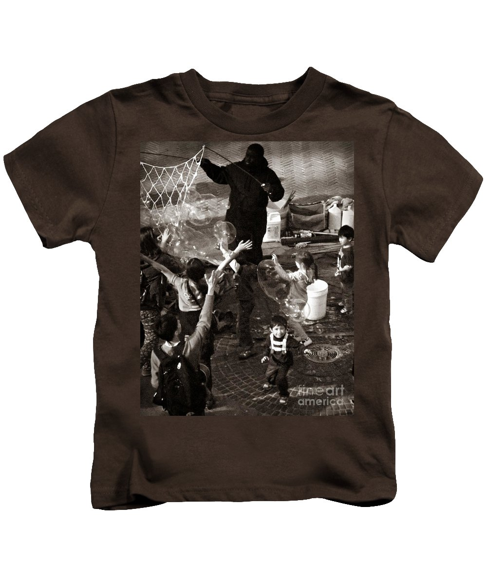 Central Park Kids T-Shirt featuring the photograph Bubbles And Kids - Central Park Sunday by Miriam Danar