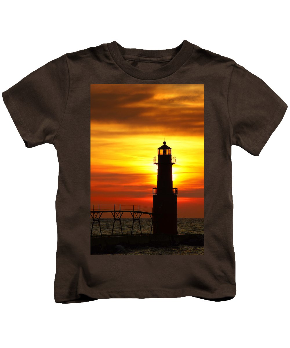 Lighthouse Kids T-Shirt featuring the photograph Dawn's Brighter Light by Bill Pevlor