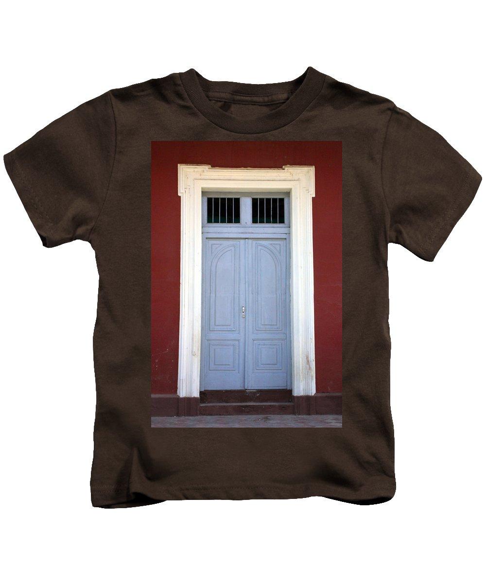 Doorway Kids T-Shirt featuring the photograph Doorway Of Nicaragua 010 by David Beebe