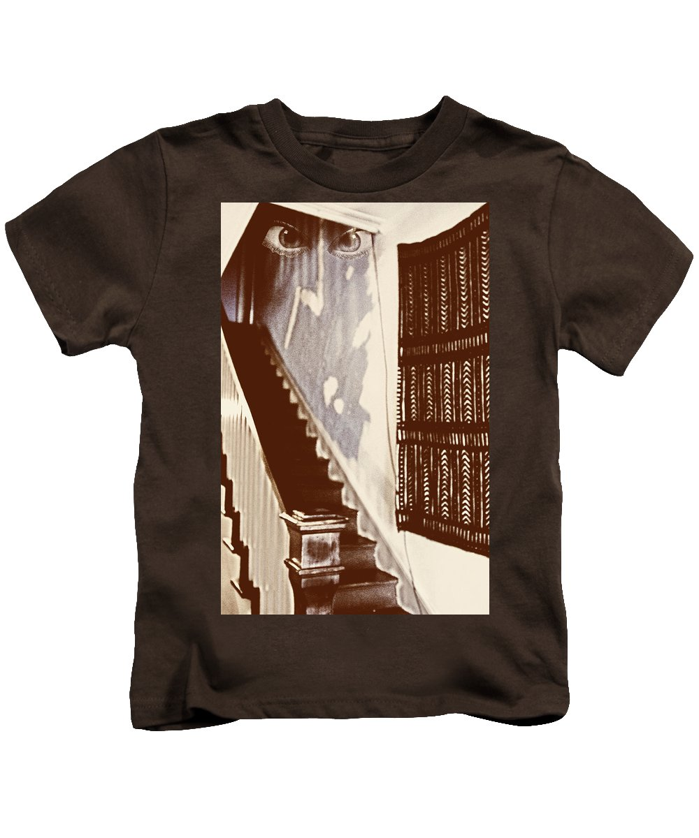 Eyes Kids T-Shirt featuring the photograph Eyes At The Top Of The Stairs by Bob Pardue