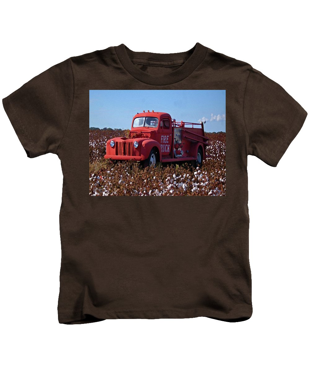 Alabama Photographer Kids T-Shirt featuring the digital art Fire Truck In The Cotton Field by Michael Thomas
