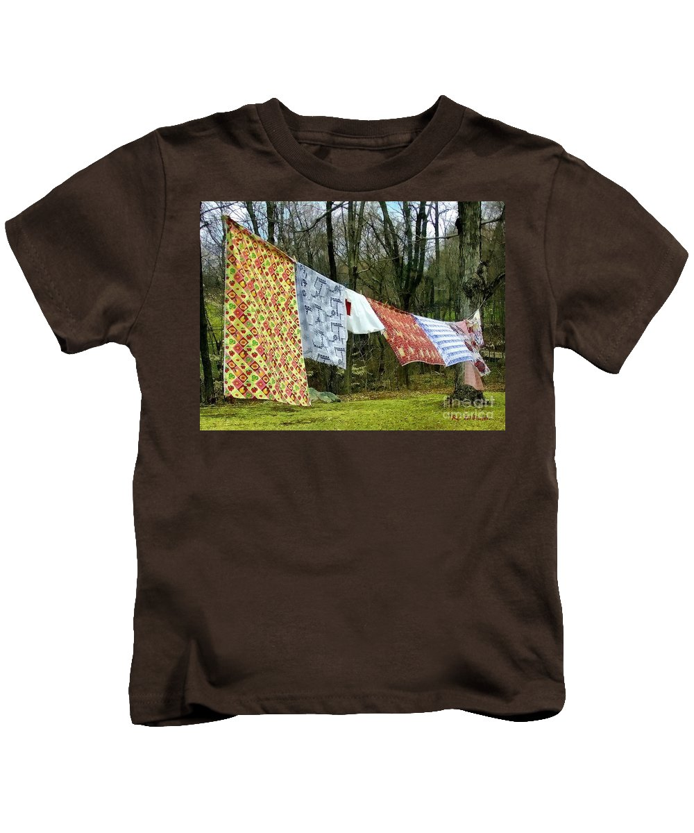 Quilts Kids T-Shirt featuring the painting How To Dry An American Quilt by RC DeWinter