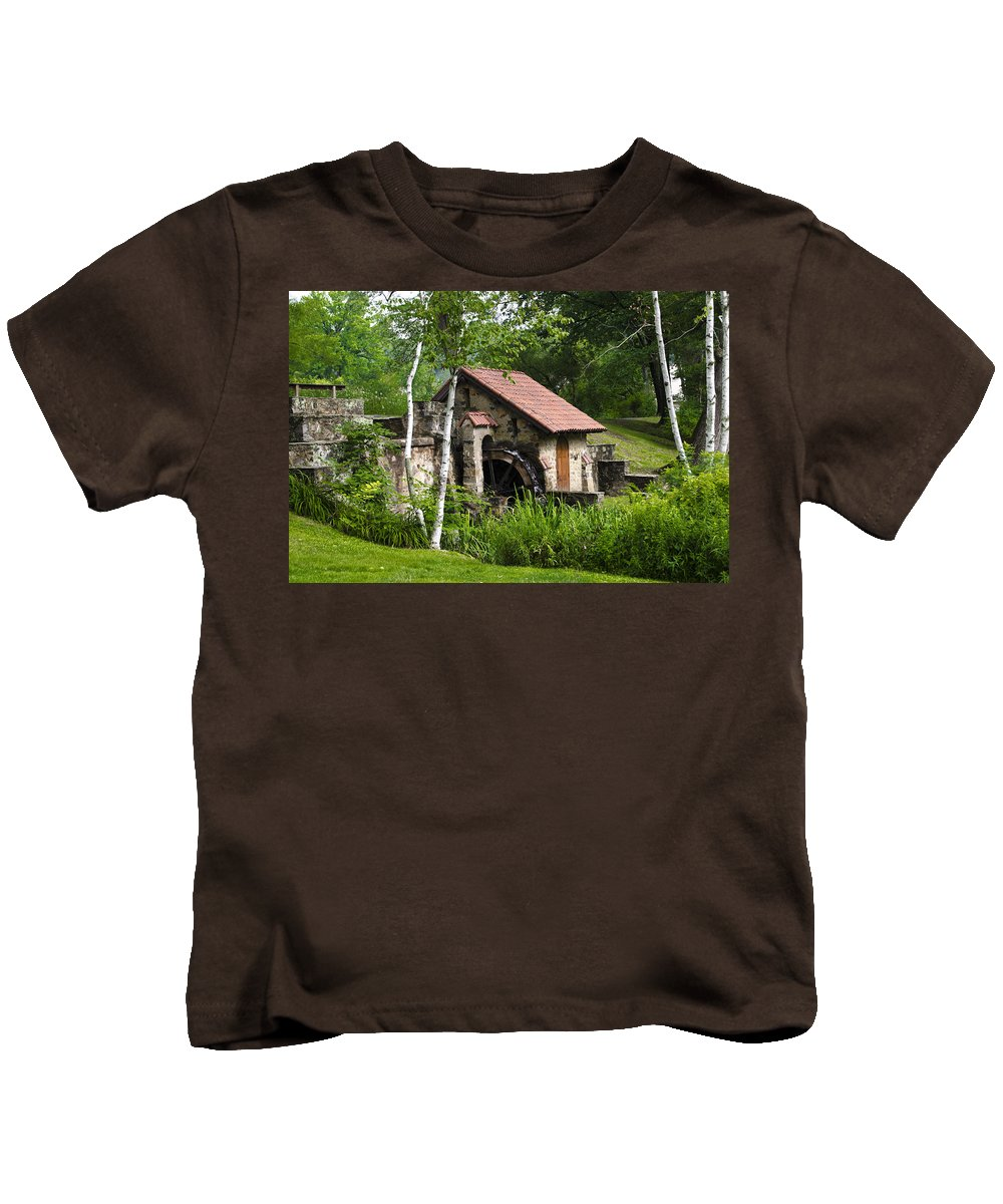 Little Kids T-Shirt featuring the photograph Little Mill Eastern State College by Bill Cannon