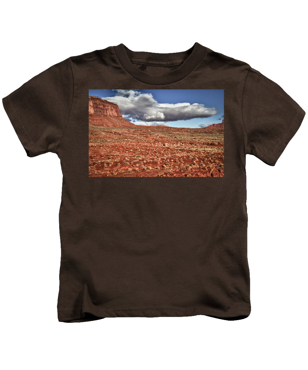 Monument Valley Utah Kids T-Shirt featuring the photograph Monument Valley Ut 1 by Ron White