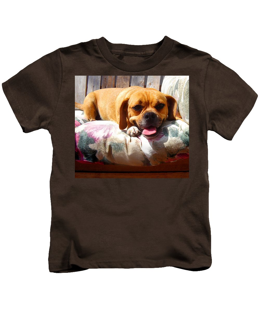 Animal Kids T-Shirt featuring the painting Puggle Lounging by Amy Vangsgard