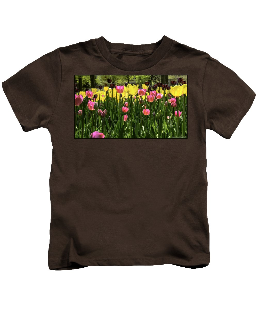 Usa Kids T-Shirt featuring the photograph Tulip Time Pink Yellow Black Beauty by LeeAnn McLaneGoetz McLaneGoetzStudioLLCcom