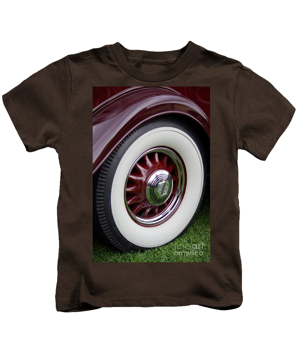 Pierce Arrow Kids T-Shirt featuring the photograph Pierce Arrow Wheel by Jim And Emily Bush