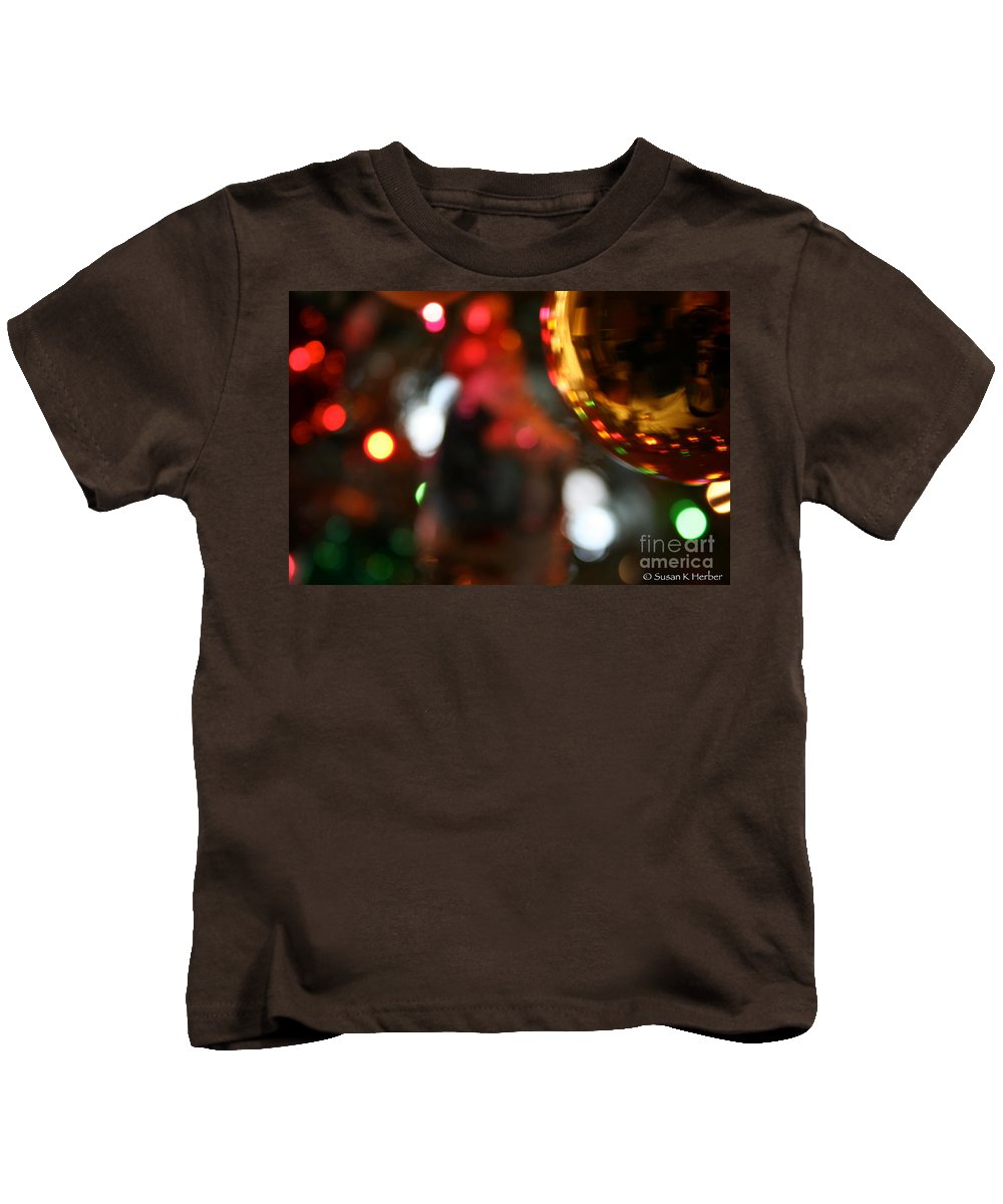 Christmas Ornament Kids T-Shirt featuring the photograph Golden Globe by Susan Herber