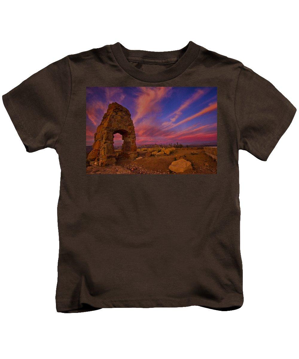 Landscape Kids T-Shirt featuring the photograph Knapp's Castle by Shauna Milton