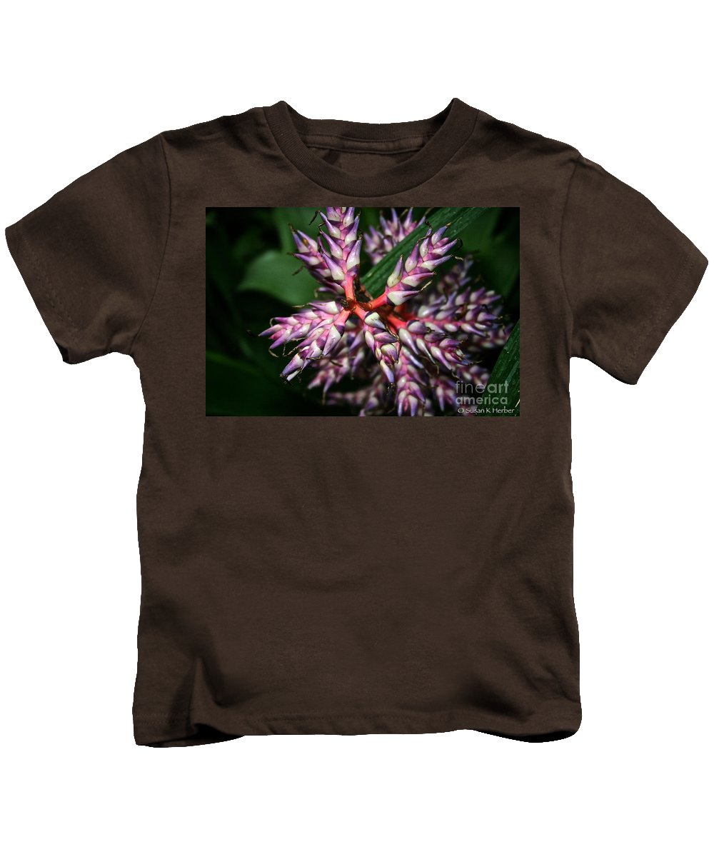 Tropical Plant Kids T-Shirt featuring the photograph Purple Points by Susan Herber