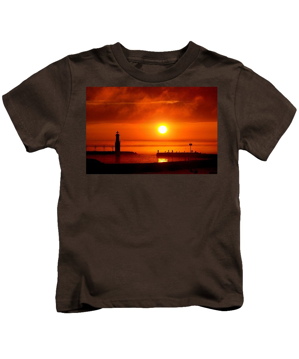 Lighthouse Kids T-Shirt featuring the photograph Salmon Hunters by Bill Pevlor