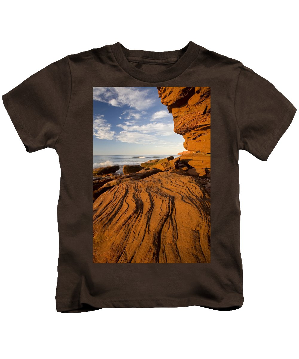 Cliff Kids T-Shirt featuring the photograph Sandstone Cliffs, Cavendish, Prince by John Sylvester