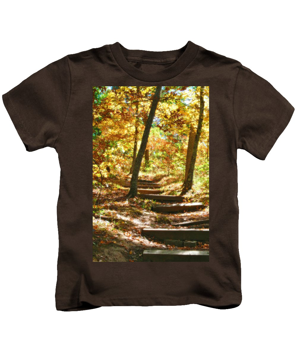 Landscape Nature Photo Trails Photos Kids T-Shirt featuring the photograph Stairway To Heaven by Peggy Franz