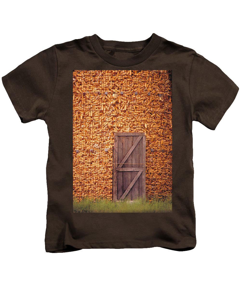 Corn Kids T-Shirt featuring the photograph The Corn Crib by Garry McMichael