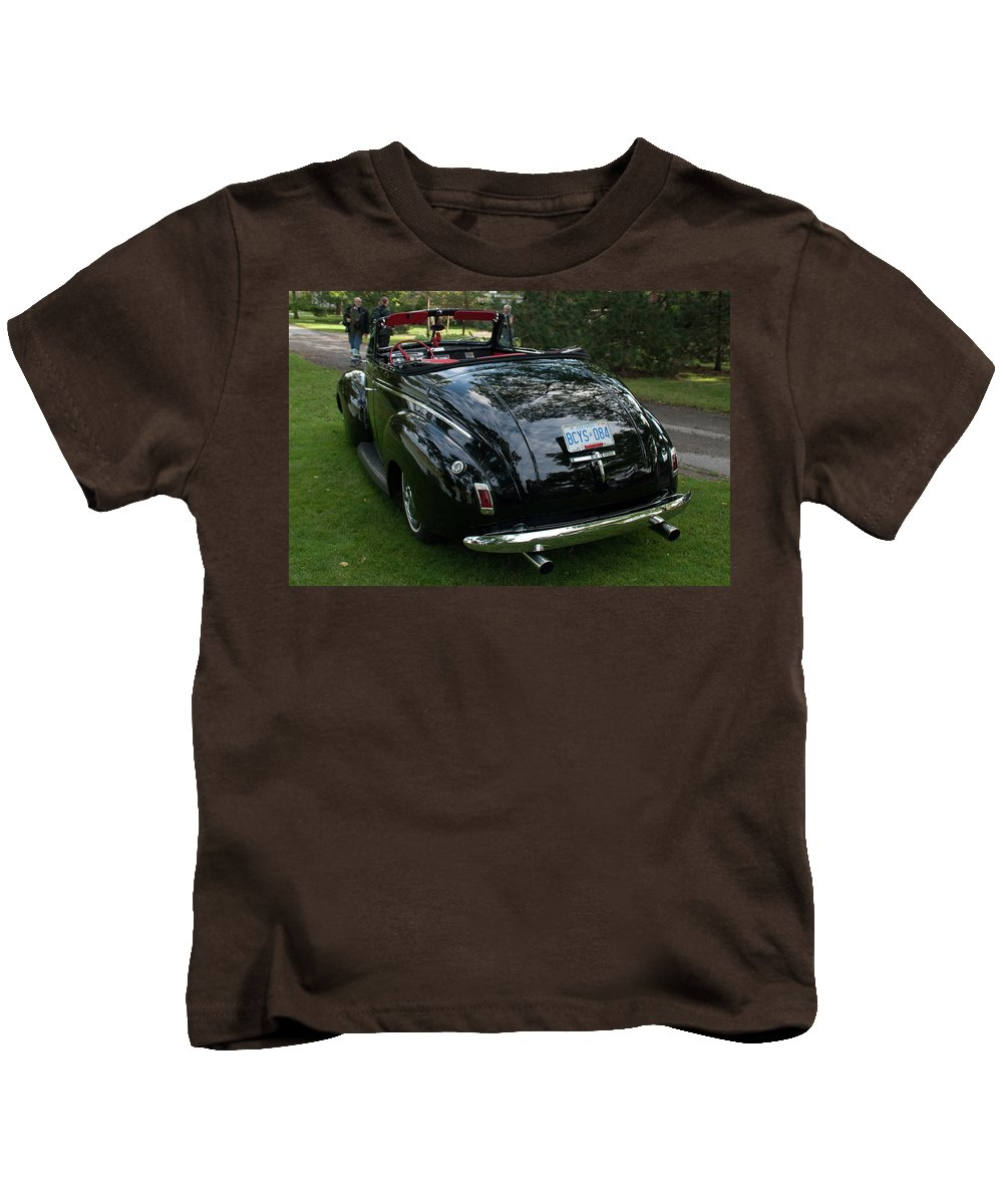 Antique Car Kids T-Shirt featuring the photograph Black And Chrome 13130 by Guy Whiteley