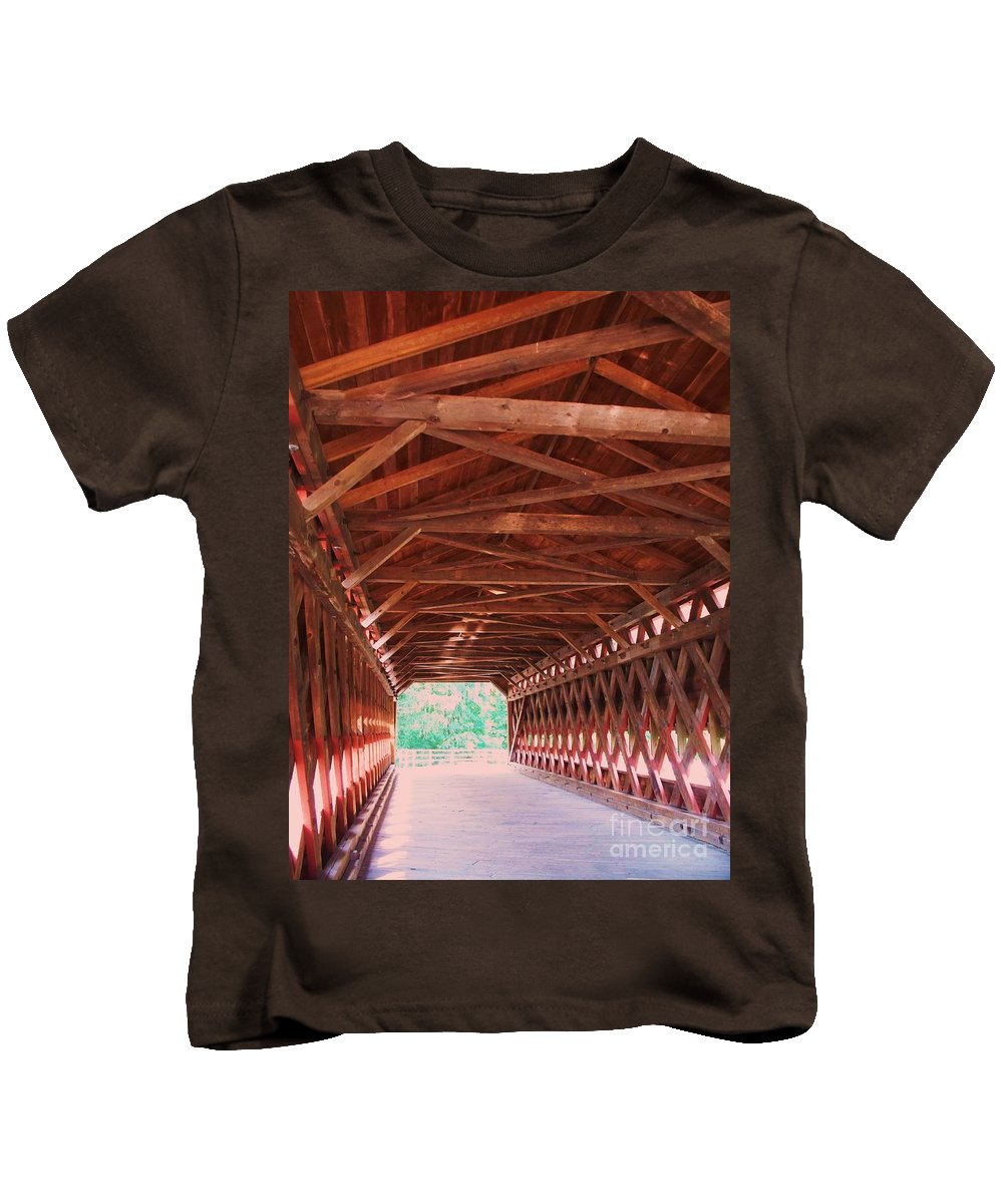Gettysburg Kids T-Shirt featuring the painting Sachs Bridge by Eric Schiabor