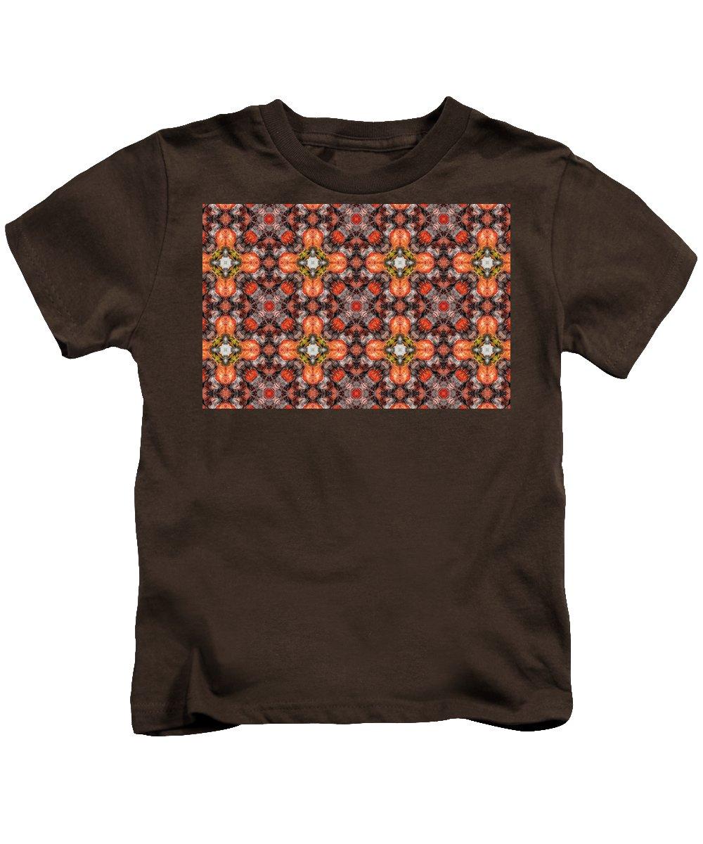 Marjan Mencin Kids T-Shirt featuring the digital art Arabesque 099 by Marjan Mencin