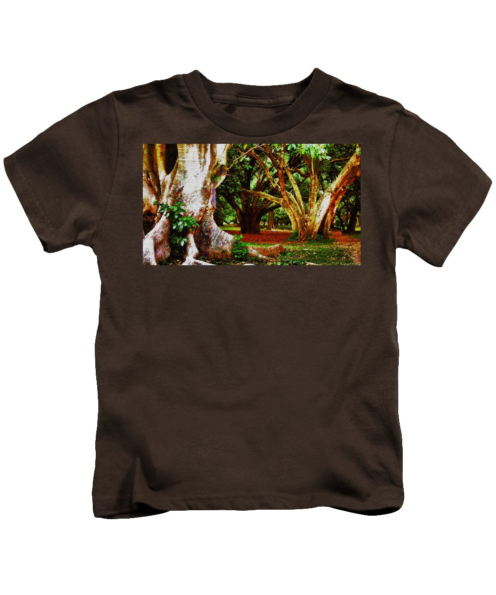 Trees Kids T-Shirt featuring the photograph Old Freinds by Galeria Trompiz