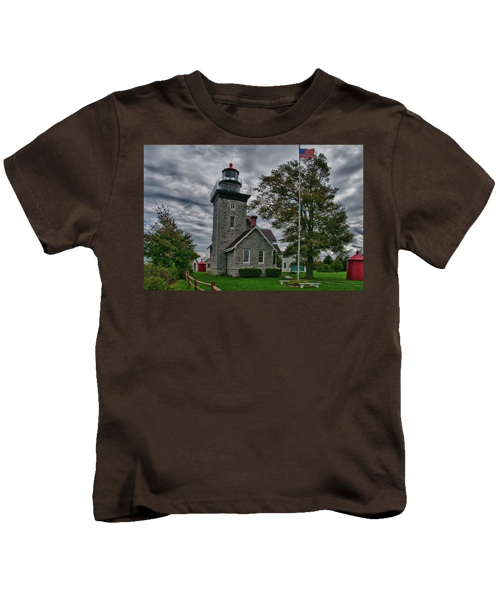 Lighthouse Kids T-Shirt featuring the photograph 30-mile Point Lighthouse 3197 by Guy Whiteley