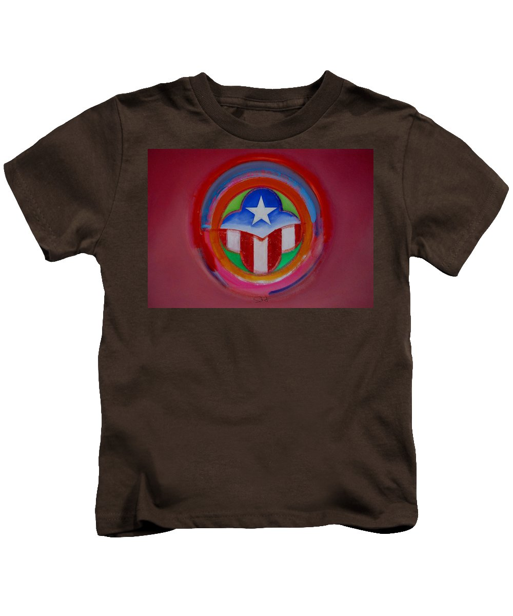 Button Kids T-Shirt featuring the painting American Star Button by Charles Stuart