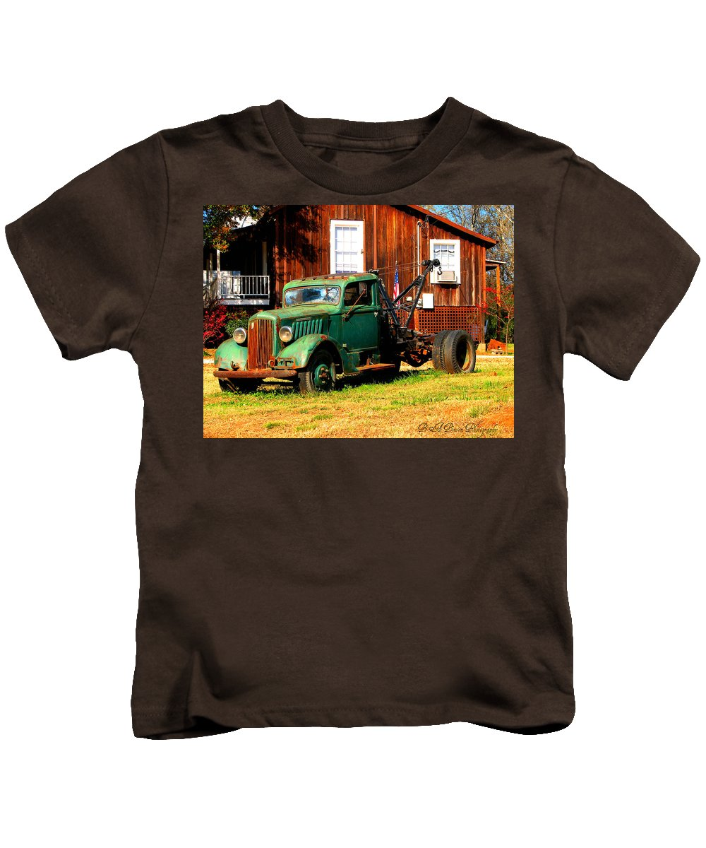 Tow Truck Kids T-Shirt featuring the photograph Antique Tow Truck by Barbara Bowen