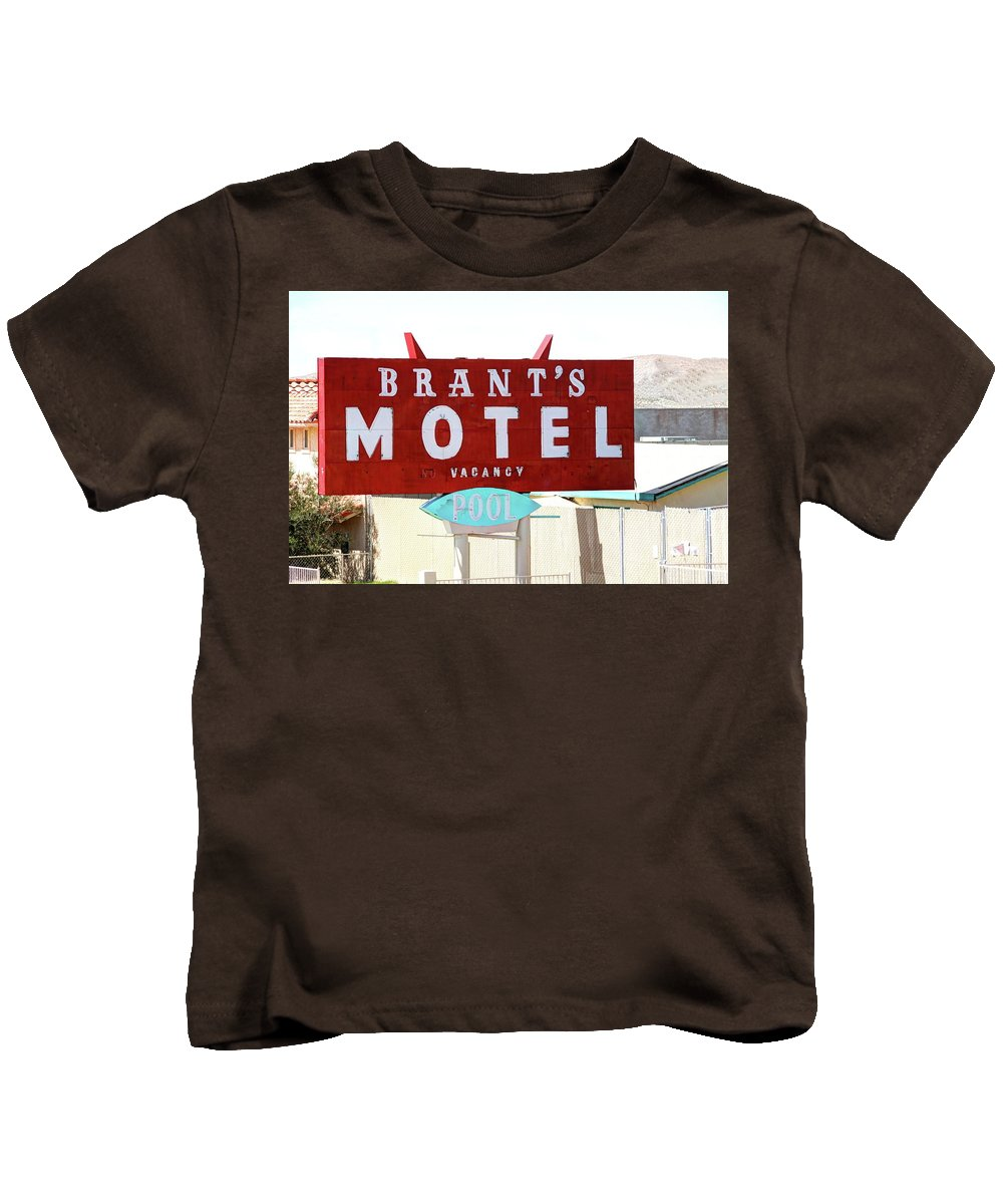 Sign Kids T-Shirt featuring the photograph Brants Motel Sign Barstow by Douglas Settle