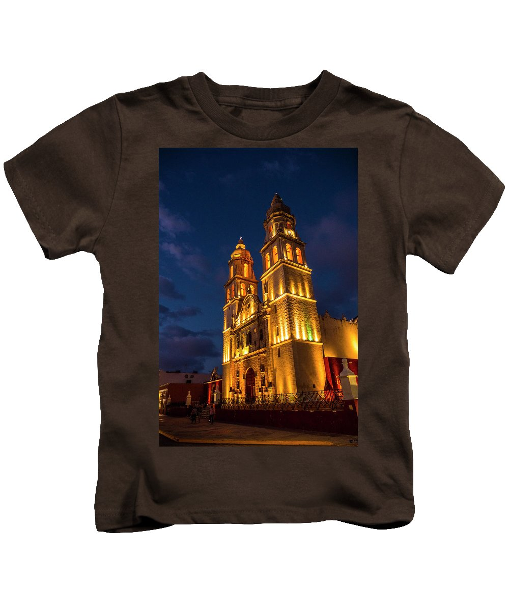 Campeche Kids T-Shirt featuring the photograph Campeche Cathedral At Evening by Pablo Aura