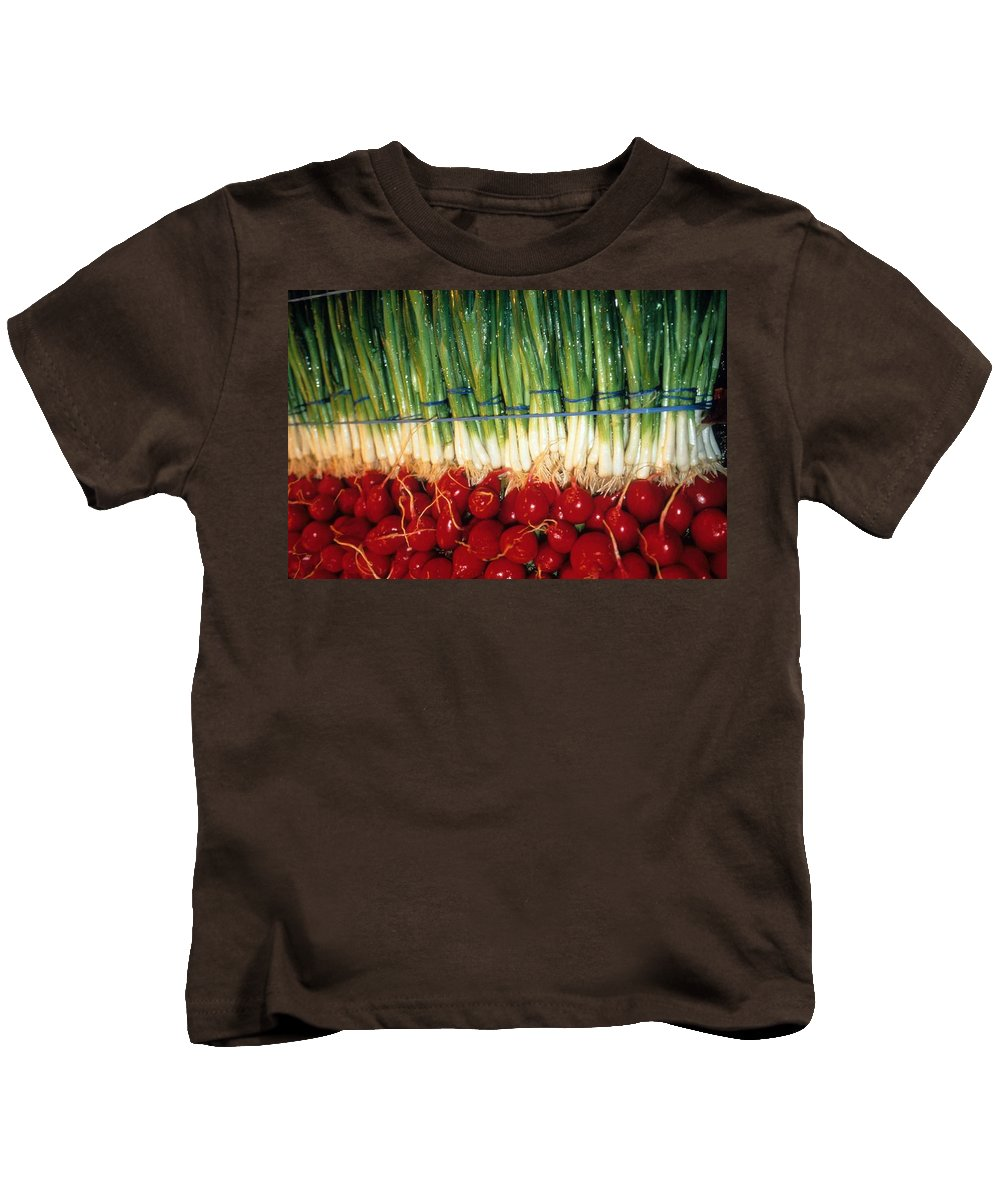 Vegetable Kids T-Shirt featuring the photograph Comlimentary Vegetables by Laurie Paci