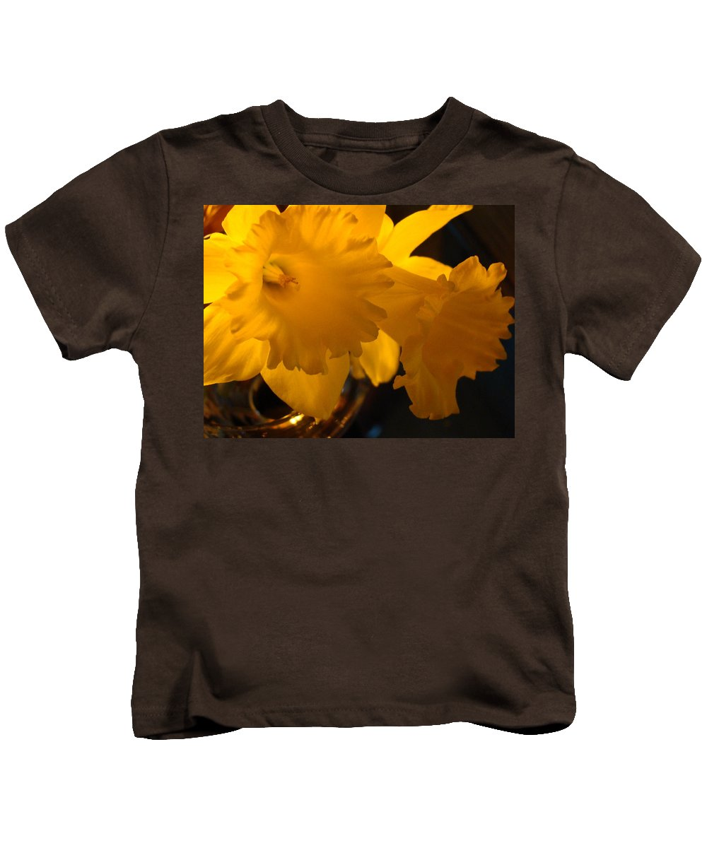 �daffodils Artwork� Kids T-Shirt featuring the photograph Contemporary Flower Artwork 10 Daffodil Flowers Evening Glow by Baslee Troutman
