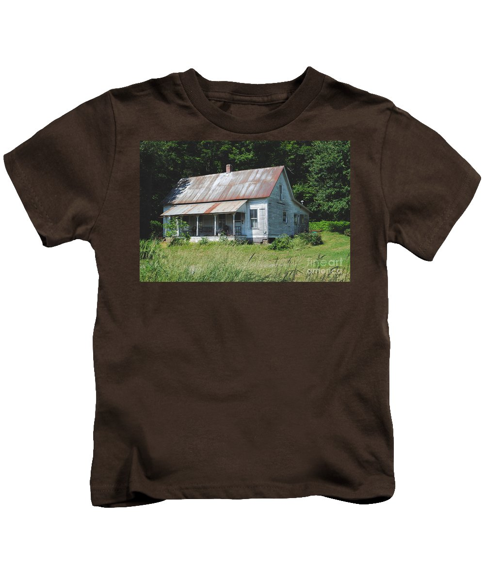 Shack Kids T-Shirt featuring the photograph Country Home by Jost Houk