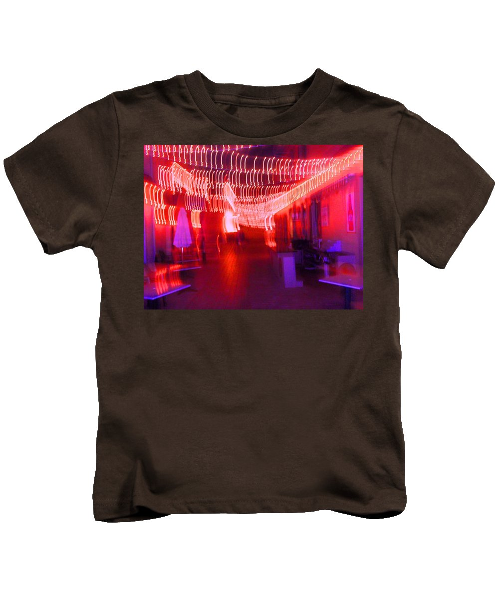 Photograph Kids T-Shirt featuring the photograph Courtside Lounge 2 by Thomas Valentine