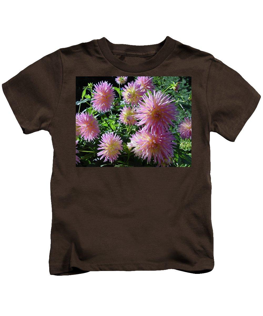 Group Kids T-Shirt featuring the photograph Dahlia Group by Shirley Heyn