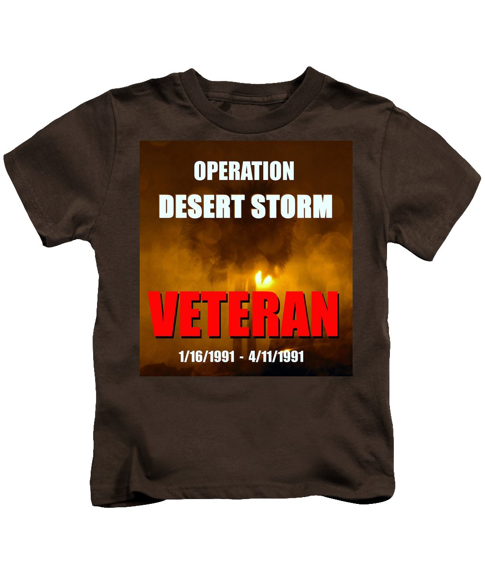 Operation Desert Storm Kids T-Shirt featuring the photograph Desert Storm Vet Phone Case Work by David Lee Thompson
