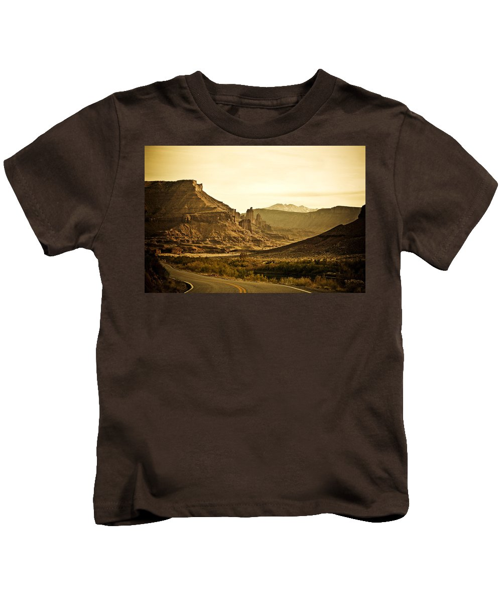 Americana Kids T-Shirt featuring the photograph Evening In The Canyon by Marilyn Hunt