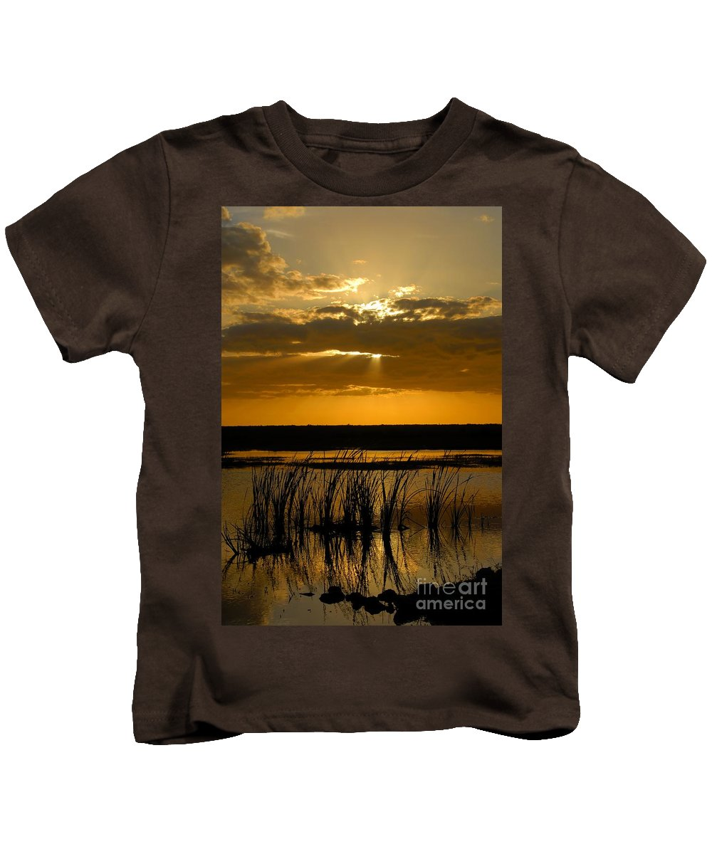 Everglades National Park Florida Kids T-Shirt featuring the photograph Everglades Evening by David Lee Thompson