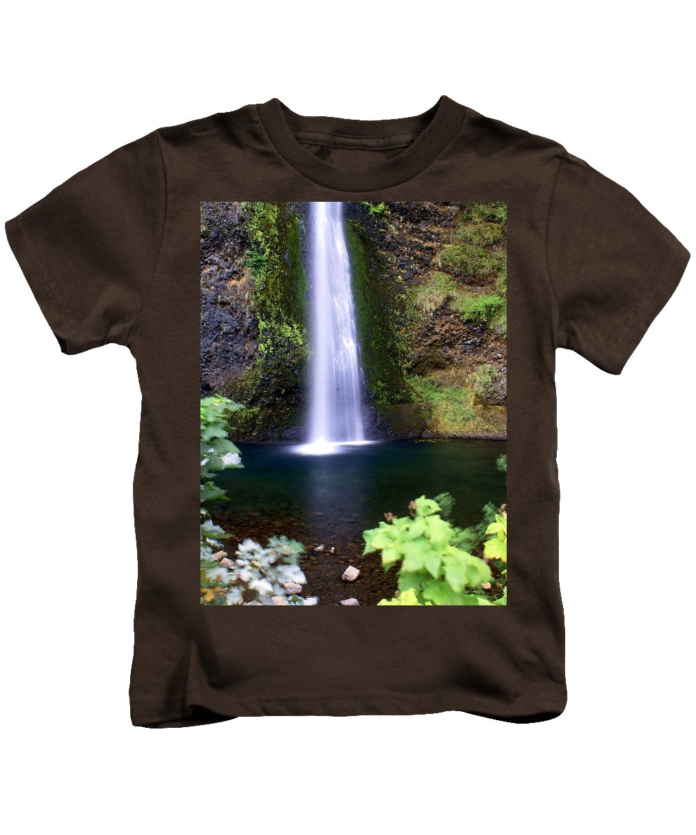 Waterfalls Kids T-Shirt featuring the photograph Horsetail Falls by Marty Koch