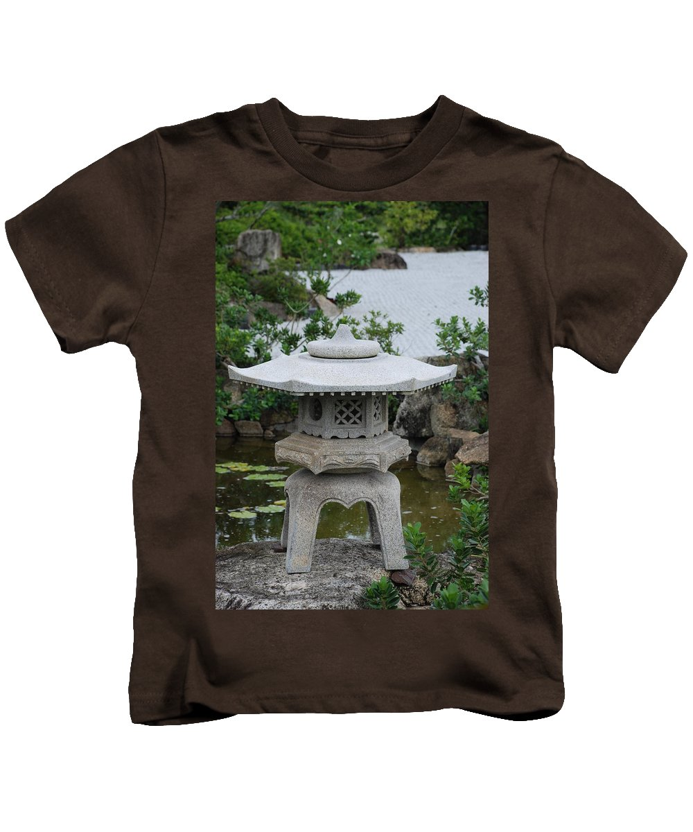 Rocks Kids T-Shirt featuring the photograph Japanese Lantern by Rob Hans