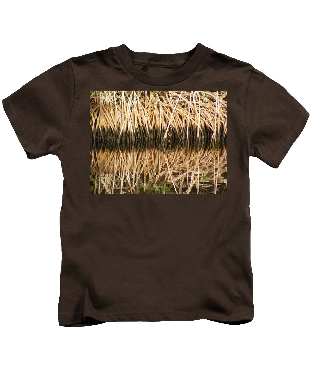 Plants Kids T-Shirt featuring the photograph Little Feet by Ed Smith