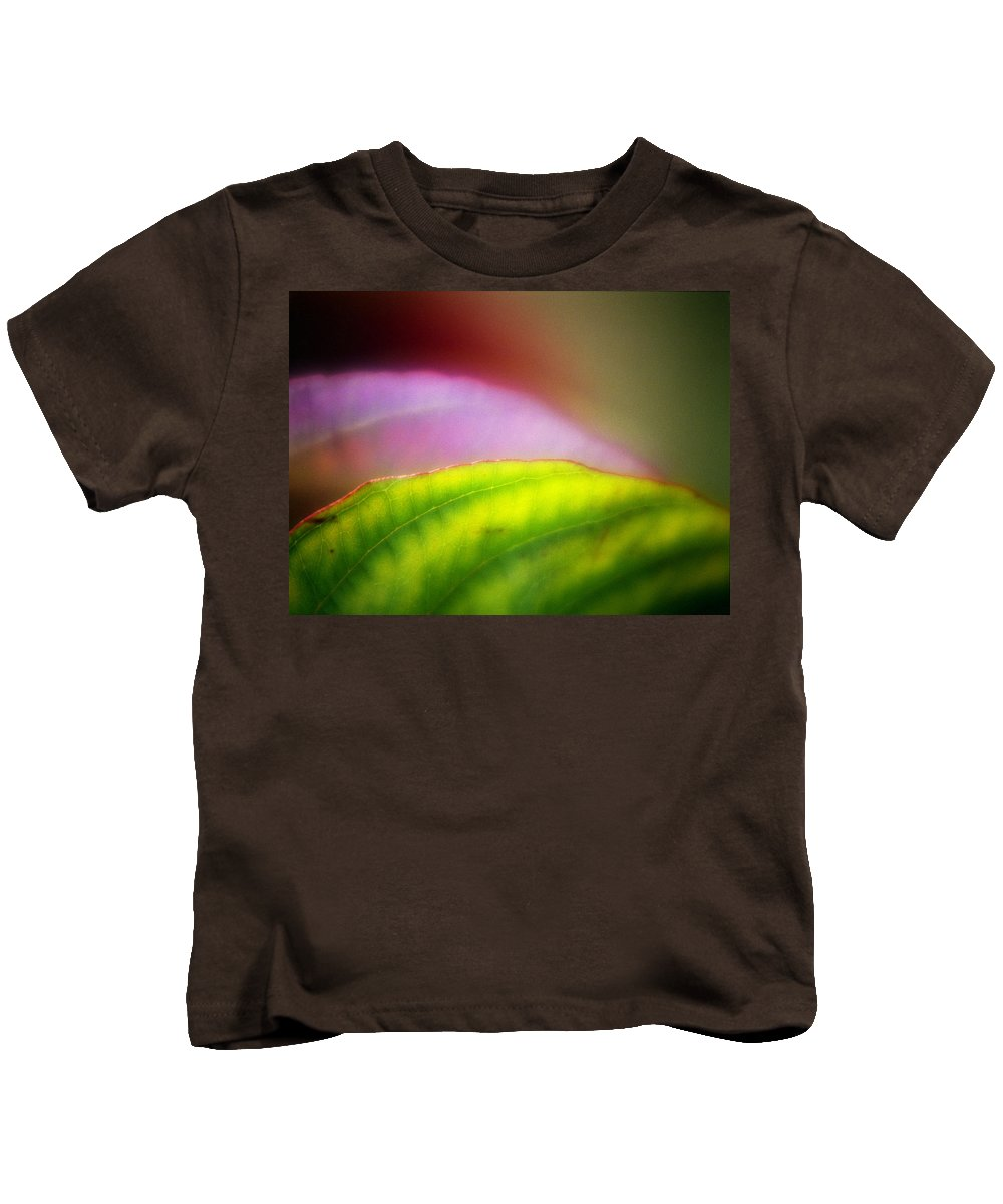 Macro Kids T-Shirt featuring the photograph Macro Leaf by Lee Santa