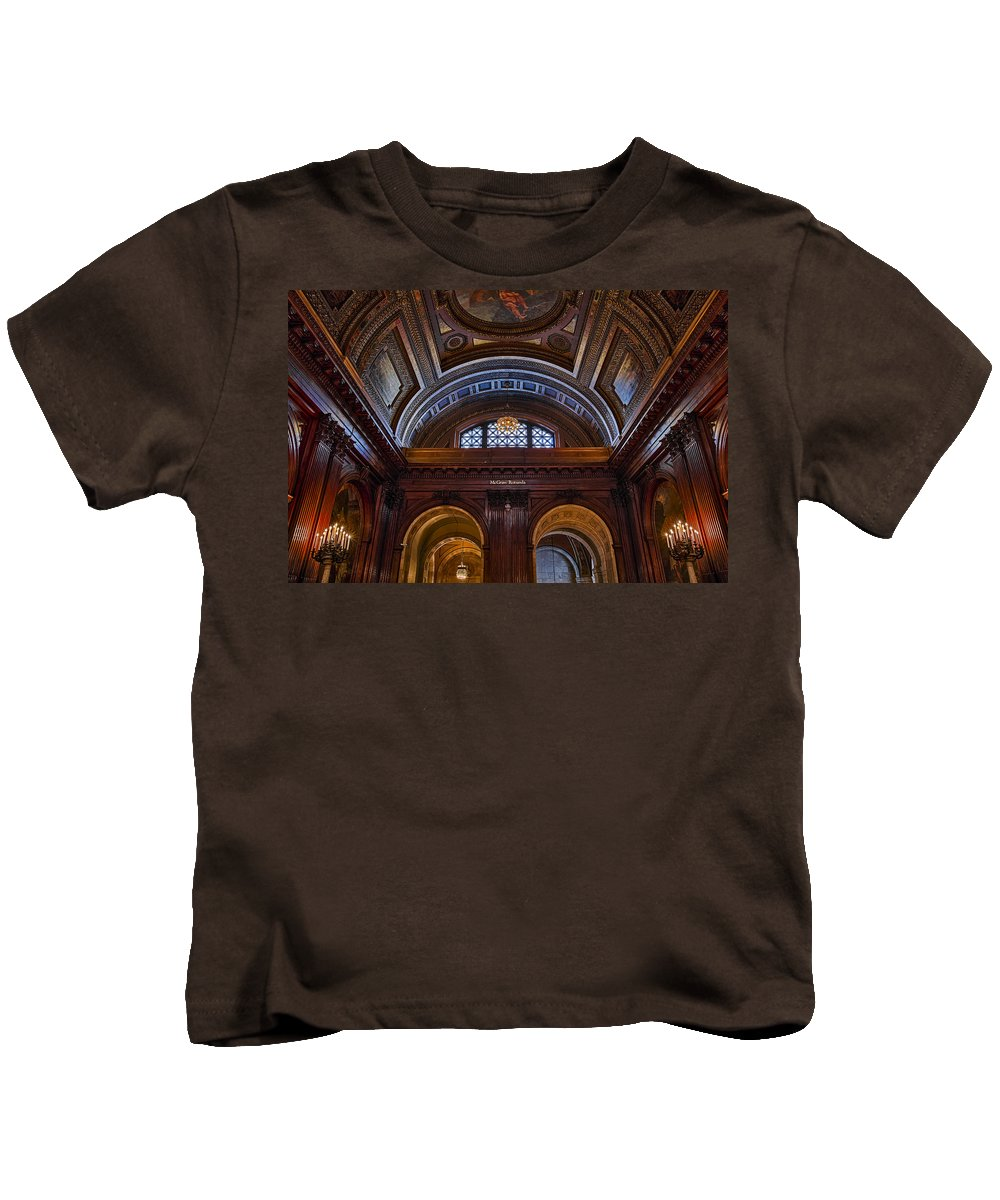 Empire State Kids T-Shirt featuring the photograph Mcgraw Rotunda Nypl by Susan Candelario