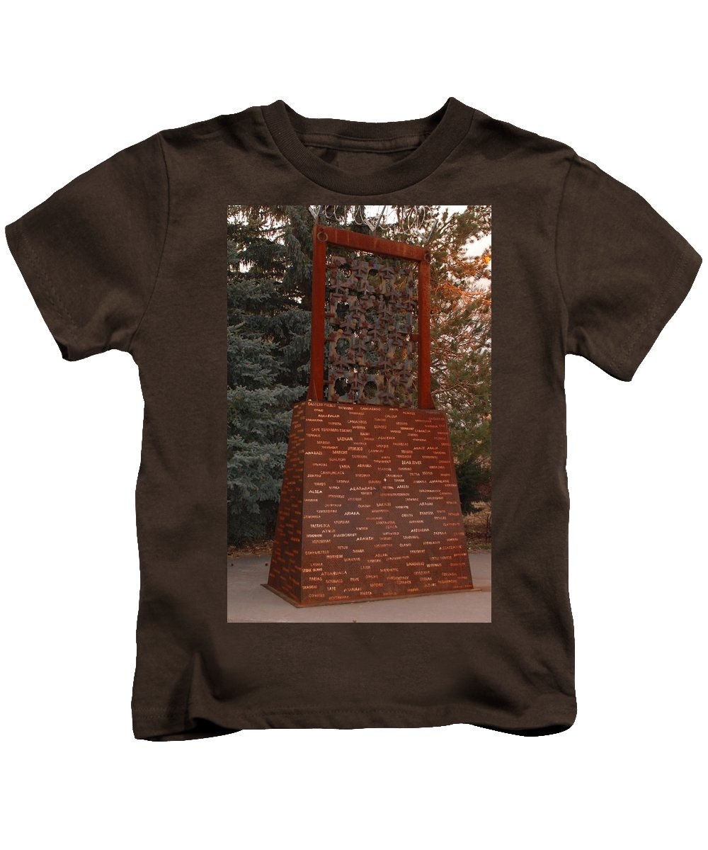 Monument Kids T-Shirt featuring the photograph Monument At N M State Captial by Rob Hans