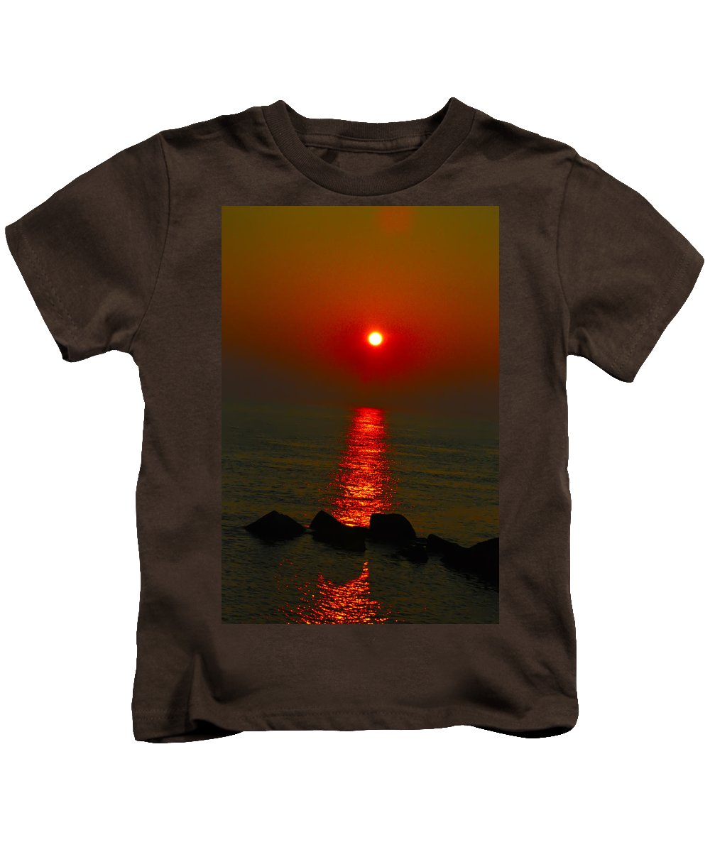 Sunrise Kids T-Shirt featuring the photograph Morning Reflection by Bill Cannon
