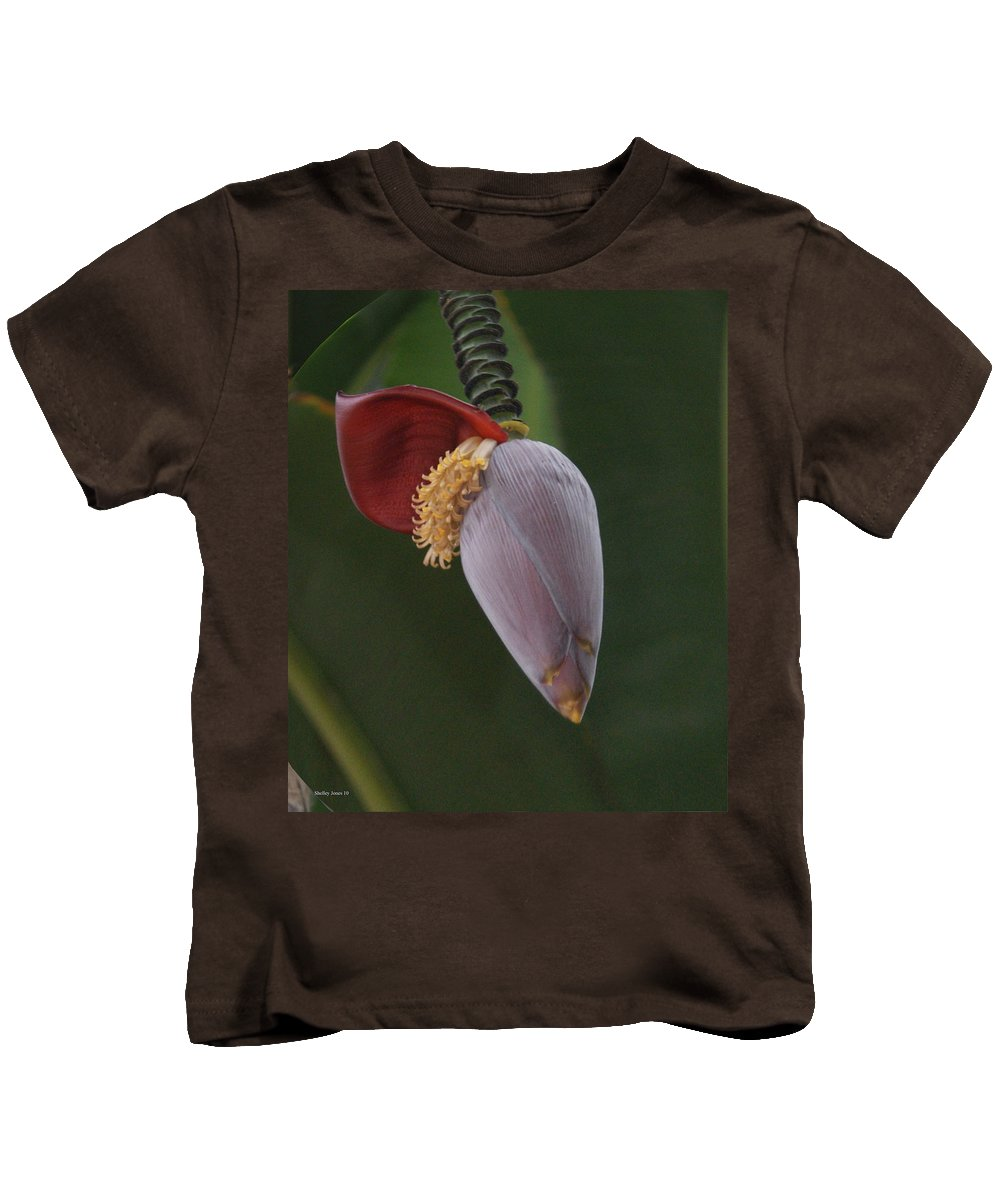 Plant Kids T-Shirt featuring the photograph Nature Ear by Shelley Jones