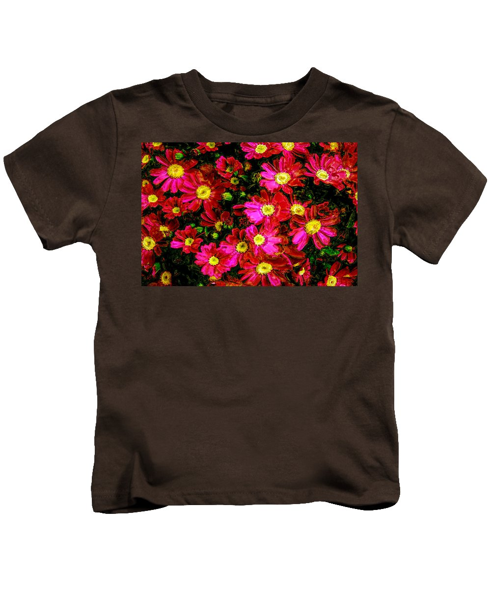 Flower Kids T-Shirt featuring the photograph Pink Friends by Phill Petrovic