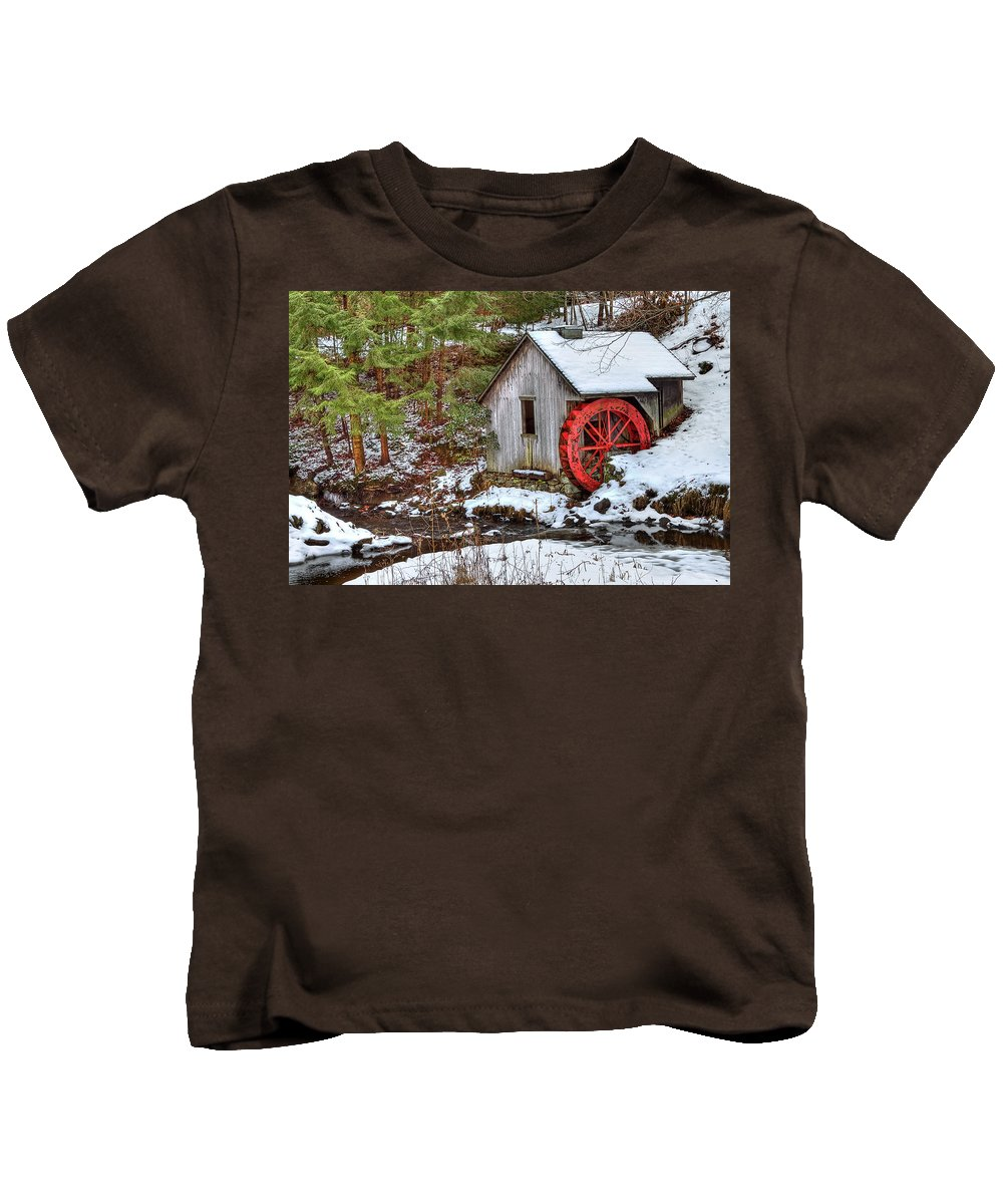 Cold Kids T-Shirt featuring the photograph Red Wheel by Evelina Kremsdorf