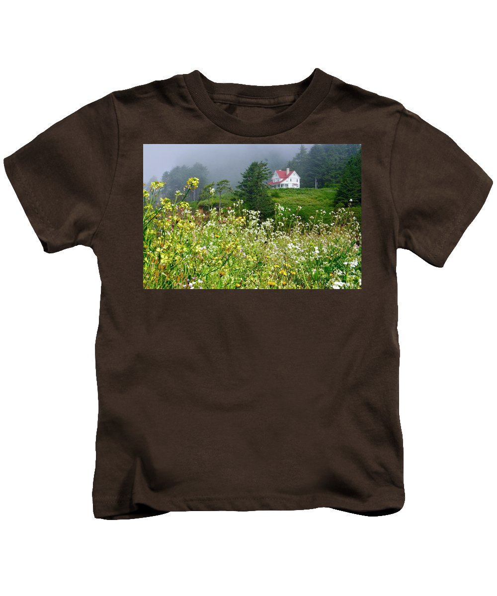 Lighthouse Kids T-Shirt featuring the photograph Revisiting A House by Laddie Halupa