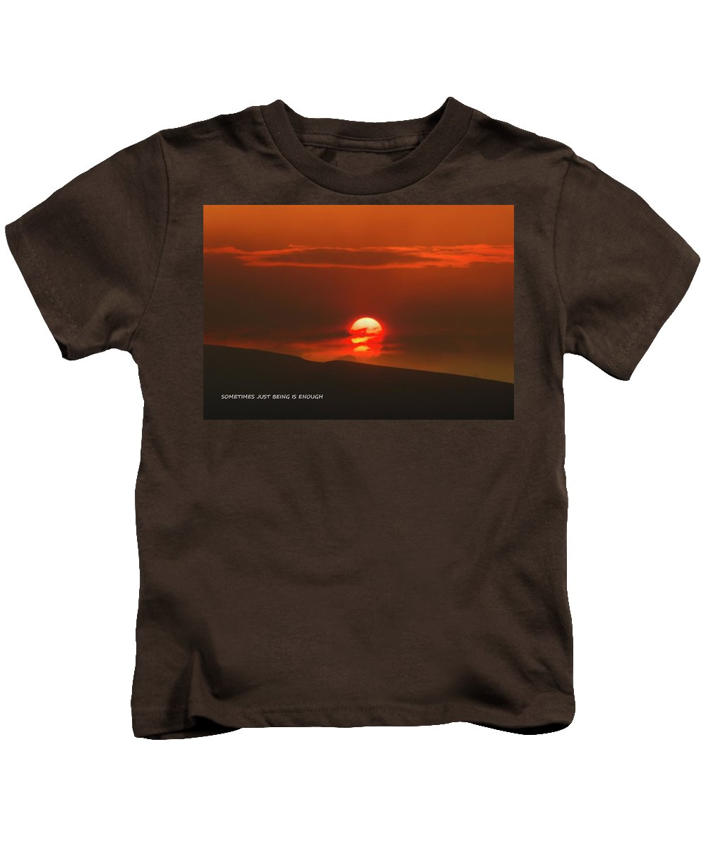 Sunset Kids T-Shirt featuring the photograph Setting Sun Over The Wenas Valley by Jeff Swan