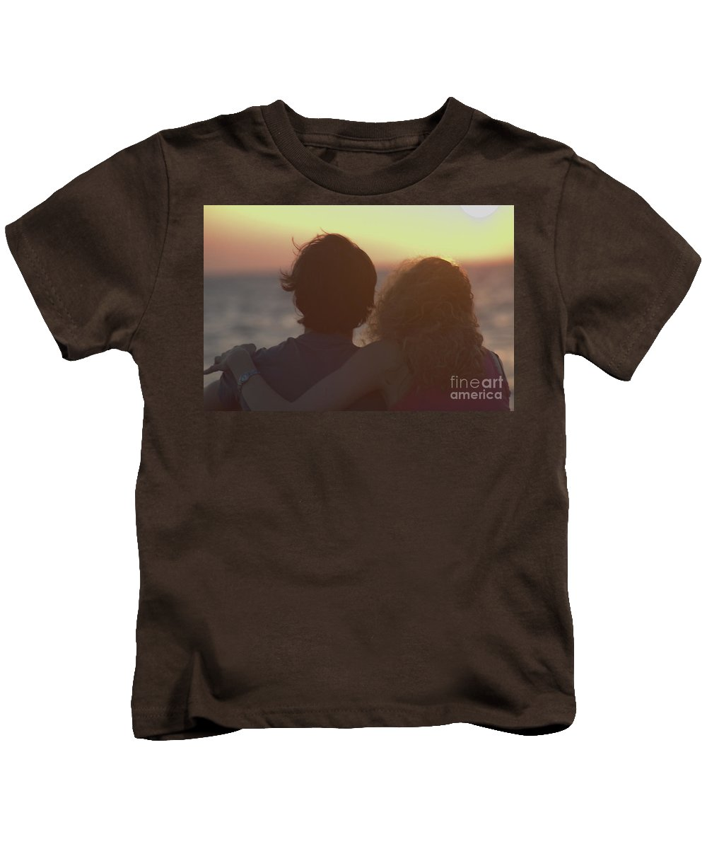 Silhouette Kids T-Shirt featuring the photograph Silhouette Of A Romantic Couple by Ilan Rosen