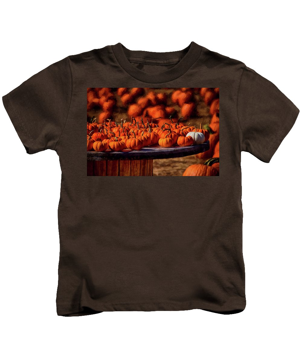 Pumpkins Kids T-Shirt featuring the photograph Standing Out by Tricia Marchlik