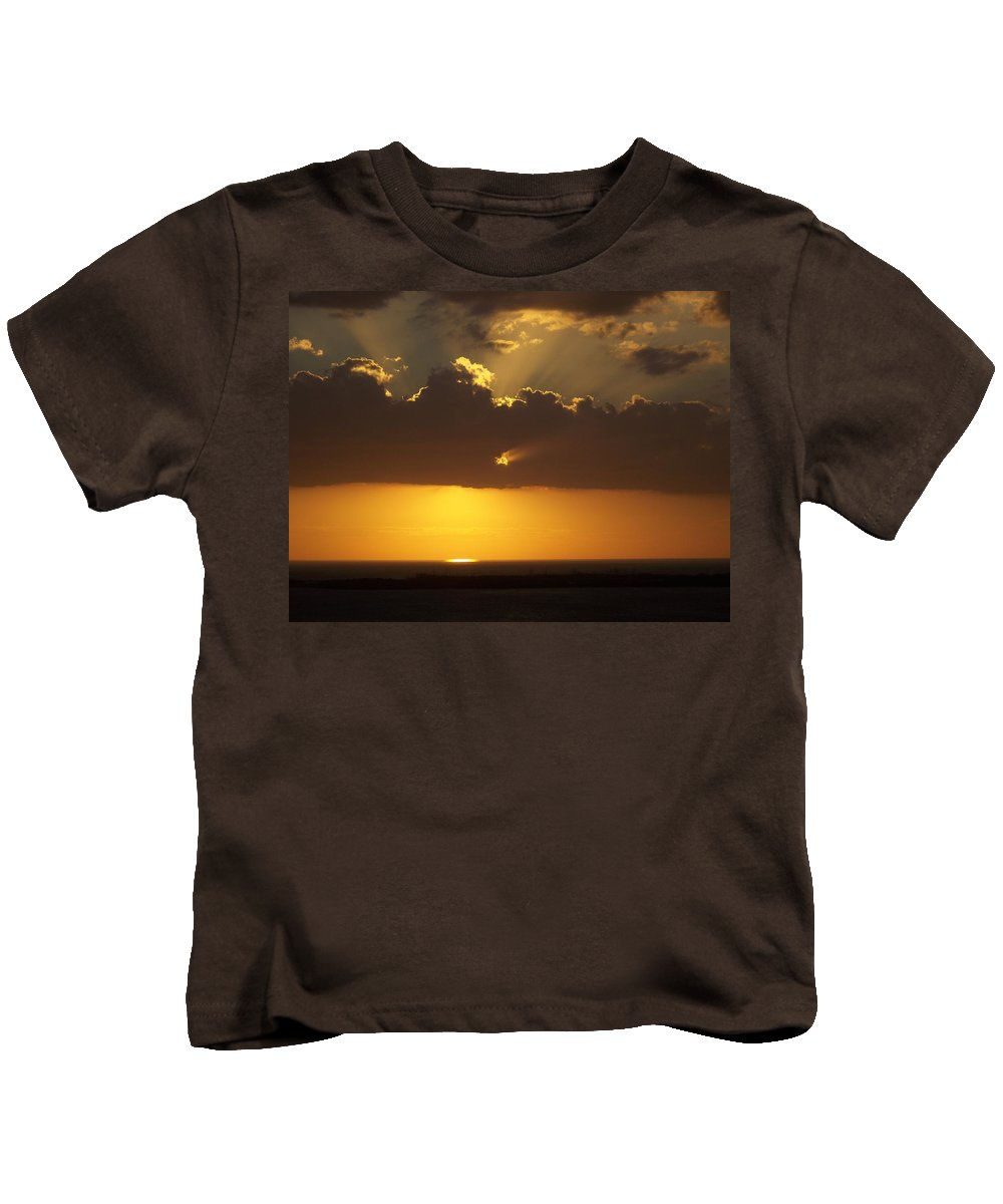 Sunset Kids T-Shirt featuring the photograph Sunset 0025 by Laurie Paci